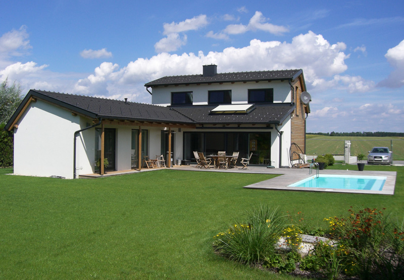 Projekt Detail Ig Architektur Einfamilienhaus Flachdach Überdachte Terrasse Massivbau L Form